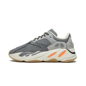 "Yeezy Boost 700 ""Magnet"" Fake Buy"